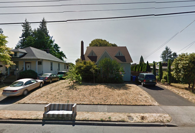 The Blue Velvet house in Southeast Portland. Photo via Google Maps.