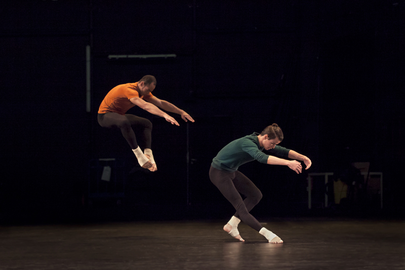 Alexandre Tondolo and Adrien Mornet of Compagnie CNDC-Angers in Merce Cunningham's How to Pass, Kick, Fall and Run. Photograph by Charlotte Audureau. ©CNDC – Angers.