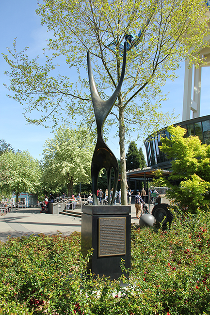 "Bronze reproduction of Lemon's ""The Feminine One,"" commissioned in 2016. Base of the Space Needle is to the right of the sculpture. Photograph by Nathanael Seid."